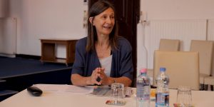 Csatordai Katalin, Pilis-Dunakanyari Hírmondó főszerkesztője beszámolt a lap helyzetéről, kérve a települési önkormányzatok támogatását