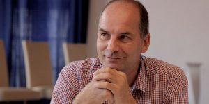 Adorján András, Leányfalu polgármestere – a település önkormányzata a kezdetek óta támogatója a lapnak