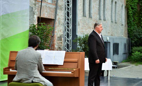 Cseh Antal operaénekes
