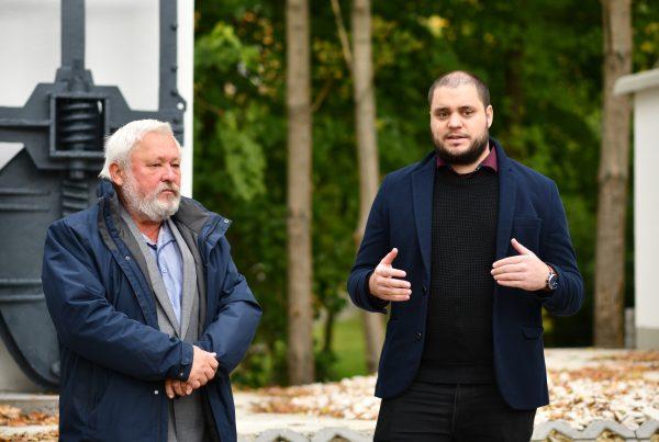 Balról jobbra: a beruházás műszaki ellenőre, dr. Havasi Zoltán és Hajdú Csaba, a VSZ NZrt. Útfenntartási és Vízkárelhárítási Divízió vezetője
